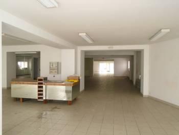 Divers 1 pièce 300 m2
