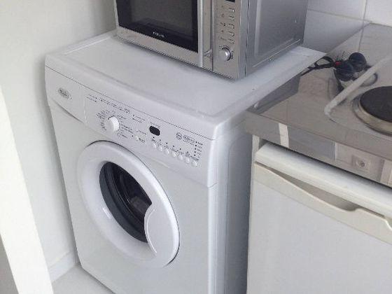 Location Appartement 1 Pièce 17 M² 700 Paris 17ème 75