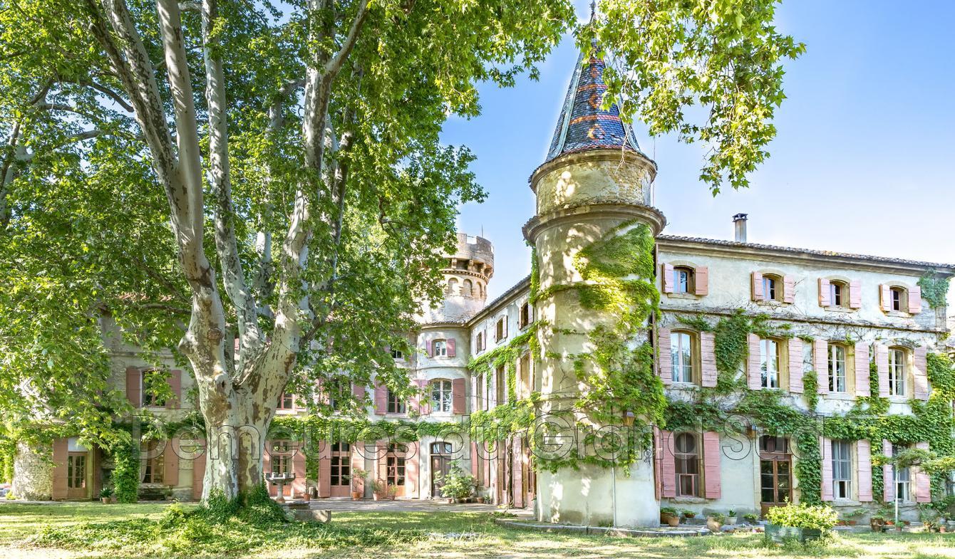 Château Châteauneuf-du-Pape