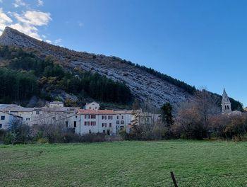 maison à Séderon (26)