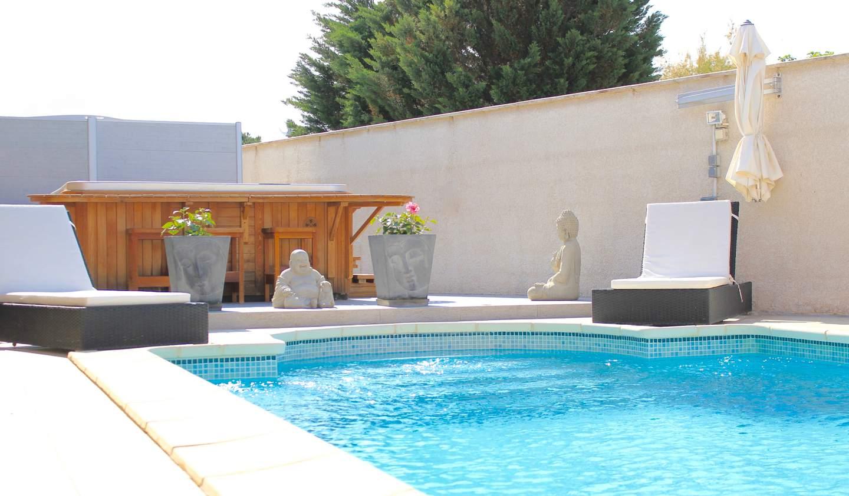 House with pool and terrace Le Grau-du-Roi