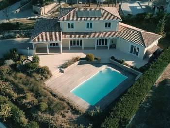 Villa 5 pièces 198 m2