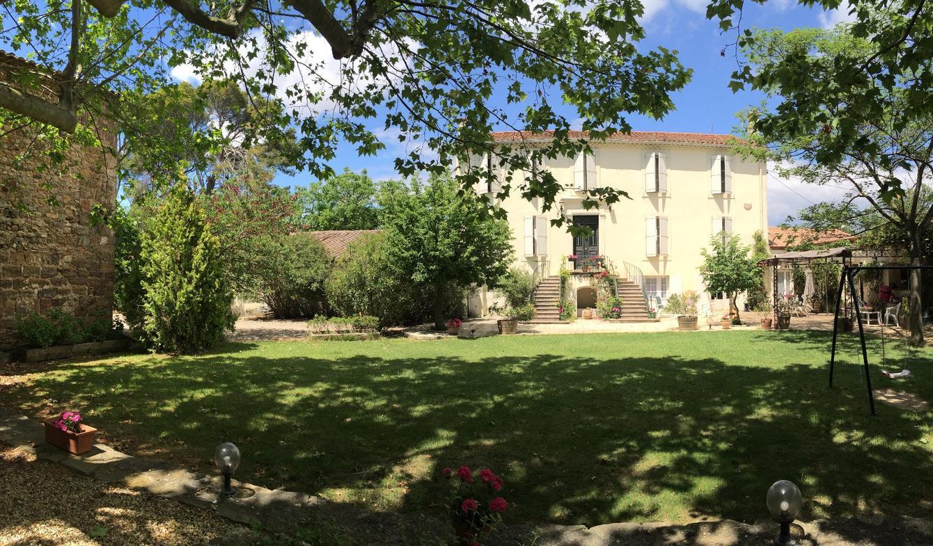 Propriété avec piscine et jardin Narbonne