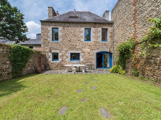 vente Maison 6 pièces 165 m2 Guingamp