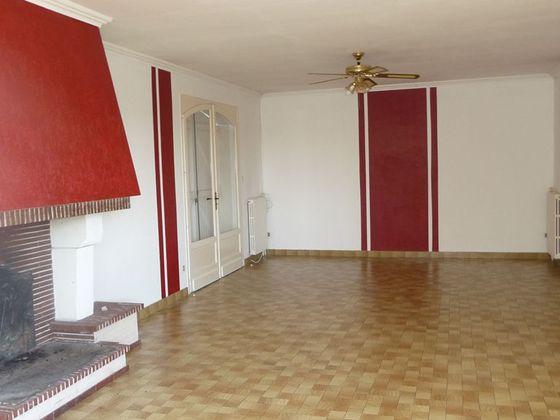 Location maison 5 pièces 143 m2