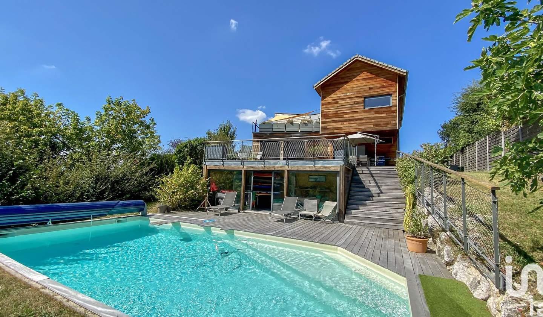 Maison avec piscine et terrasse Coublevie
