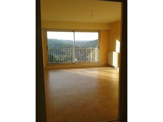 Location appartement 3 pièces 68,93 m2