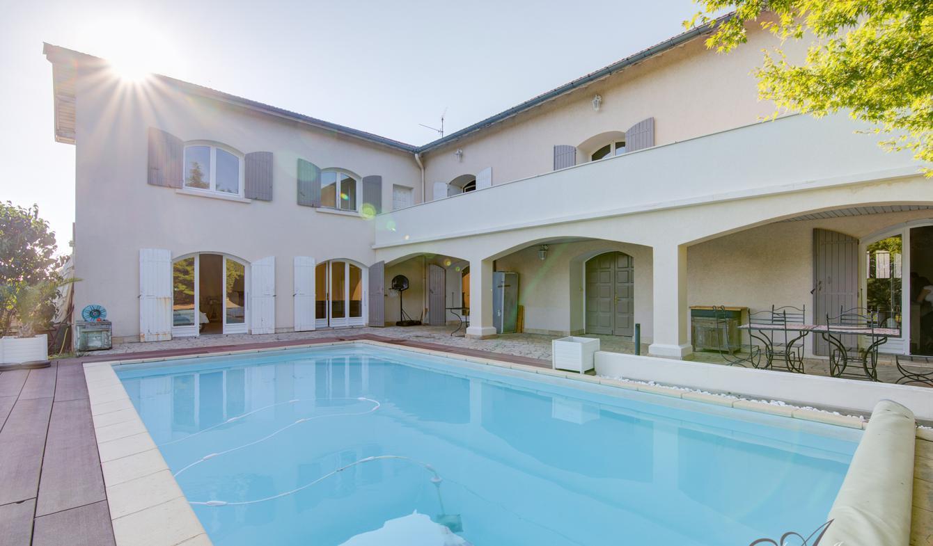 Maison avec piscine et terrasse Limonest