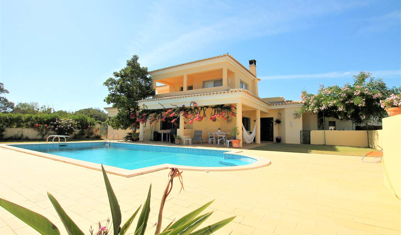 Villa avec piscine en bord de mer Carvoeiro
