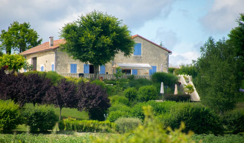Villa with pool and terrace Montmoreau-Saint-Cybard