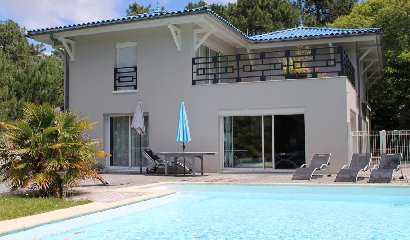Maison avec piscine et terrasse Le canon