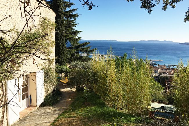 House with Pool and Terrace, Le Lavandou
