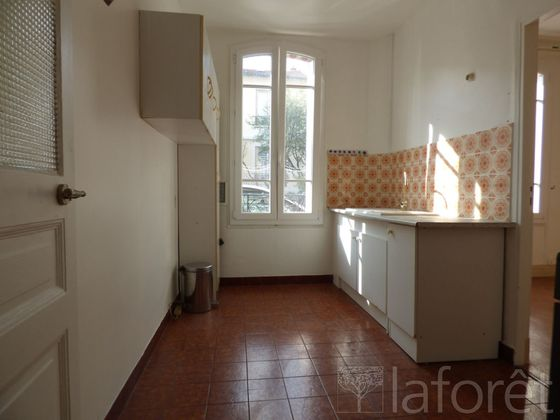 Location appartement meublé 3 pièces 49,21 m2