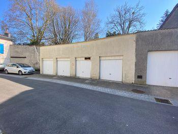 parking à Commercy (55)