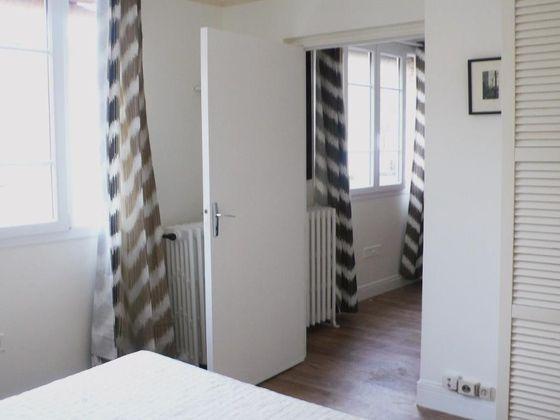 Location appartement meublé 2 pièces 27 m2 à Paris 1er