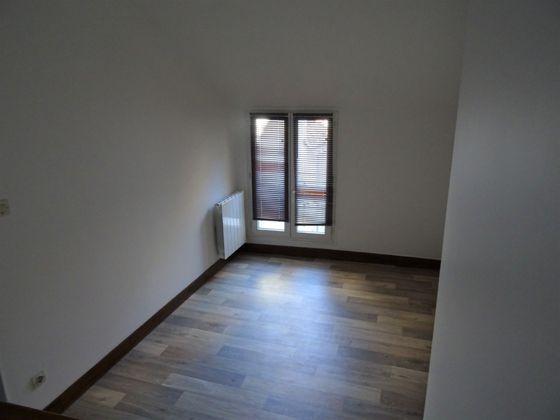 Location appartement 2 pièces 20 m2
