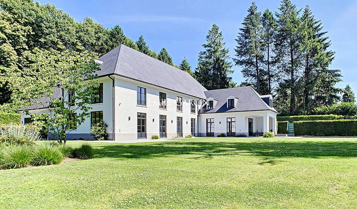Property with pool Sint-Genesius-Rode