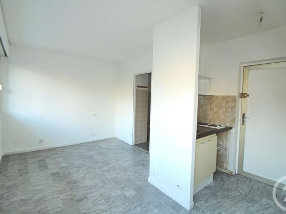 Location studio 19,15 m2