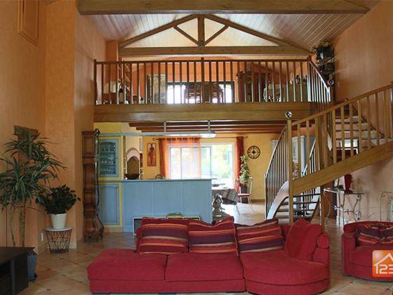 Vente maison 18 pièces 509 m2
