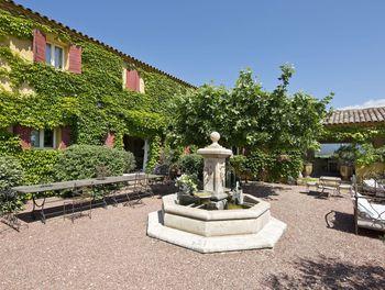 propriété à Roussillon (84)