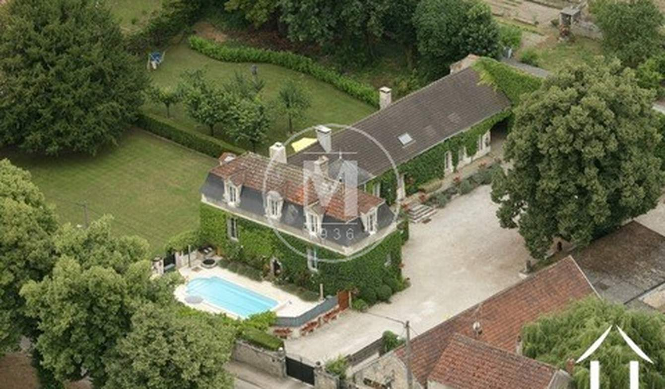 House with pool and terrace Ancy-le-Franc