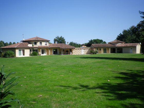 Casteljaloux, Villa