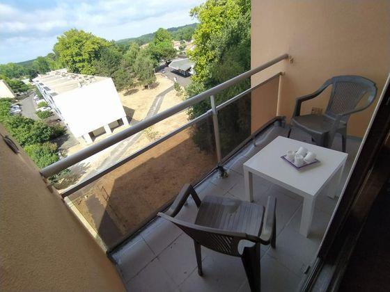 Location appartement meublé 4 pièces 78 m2