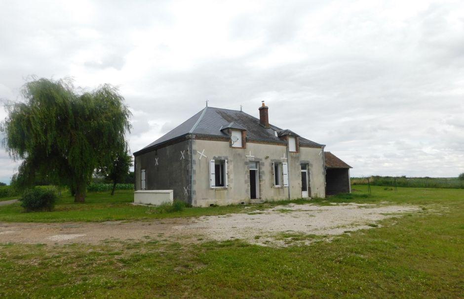 Vente maison 5 pièces 124 m² à Saint-Maurice-sur-Aveyron (45230), 210 000 €