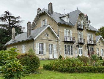 propriété à Mézières-sur-Issoire (87)