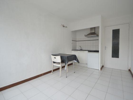 Location studio 18,68 m2