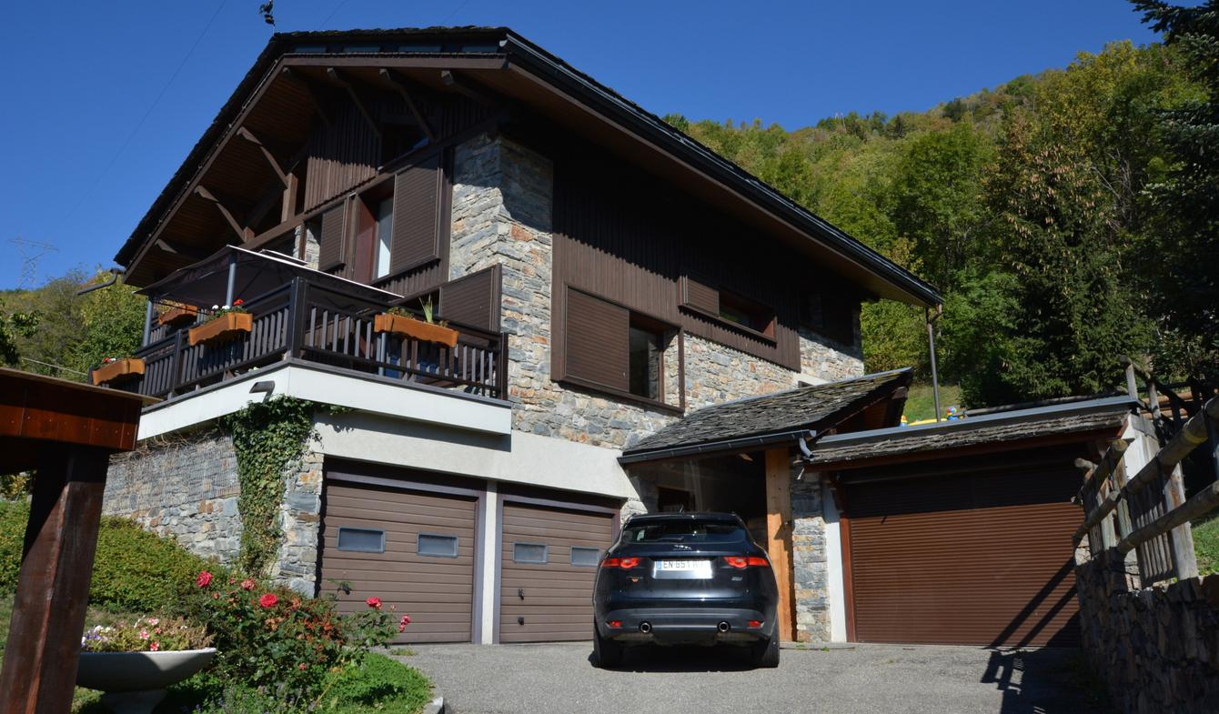 Chalet with terrace Bozel