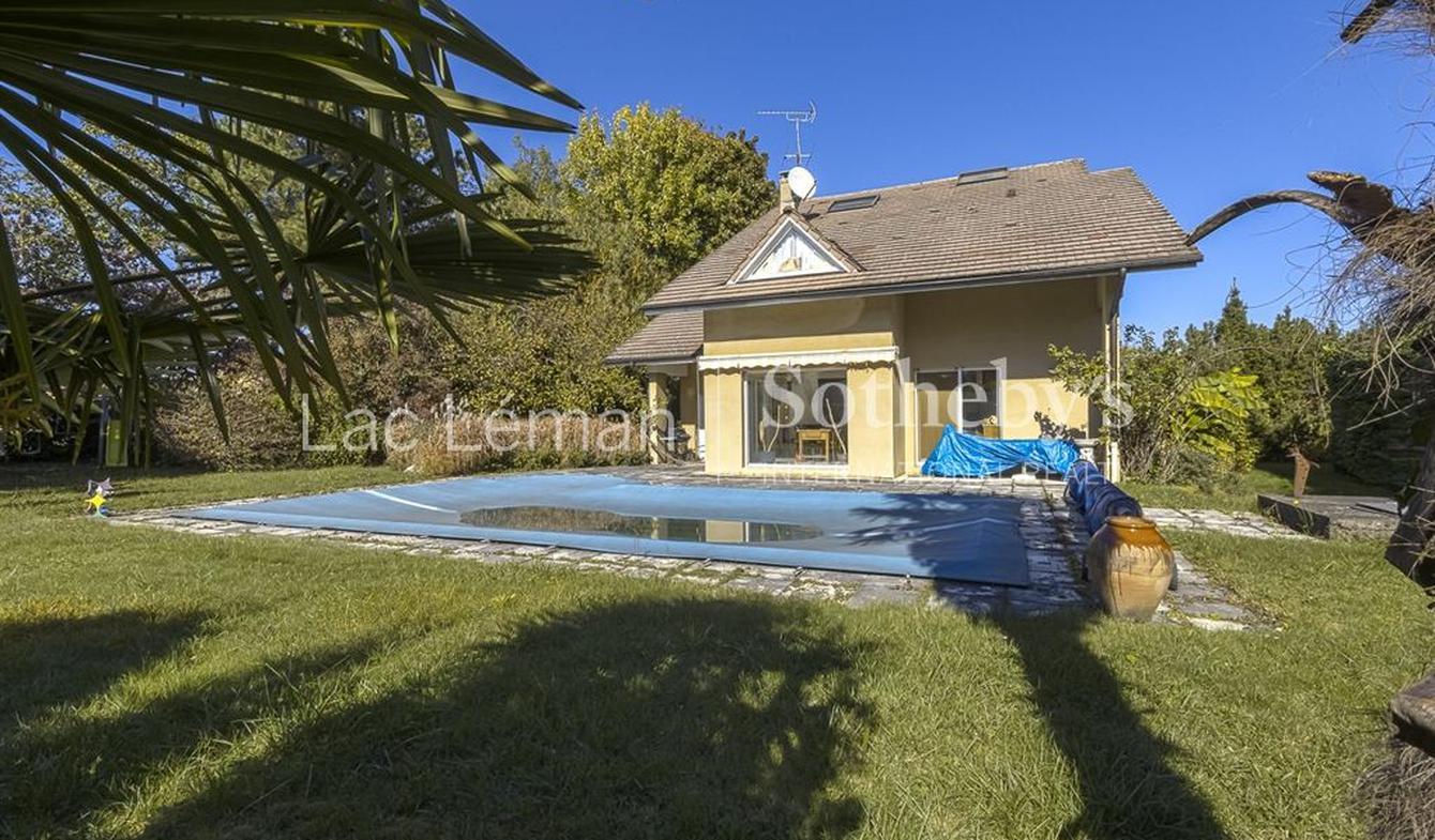 Maison avec piscine et terrasse Sciez