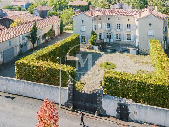 Vente maison 15 pièces 420 m2