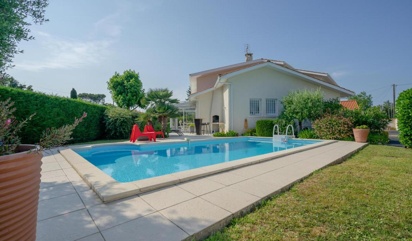 Maison avec piscine et terrasse Blanquefort