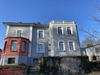 Villa 7 pièces 209 m2