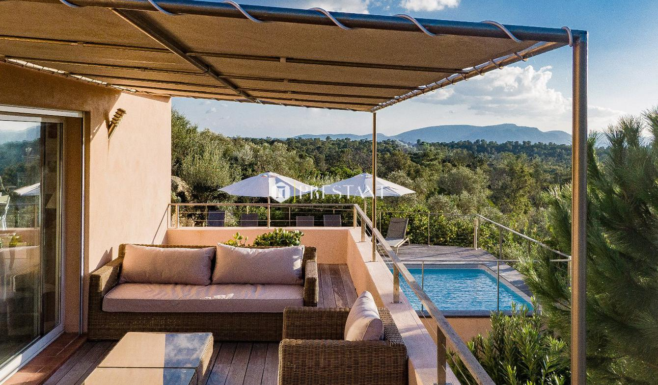 House with pool and terrace Porto-Vecchio