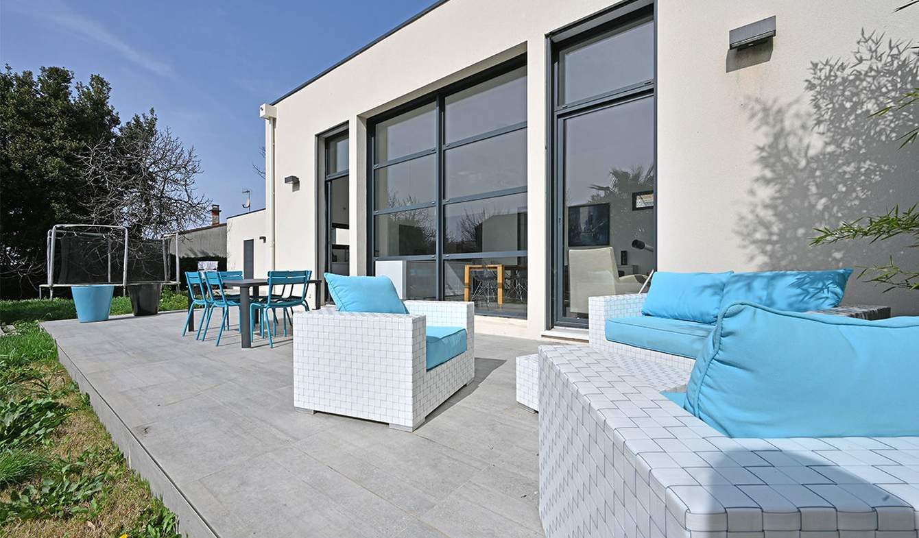 Maison avec piscine et terrasse La Calmette
