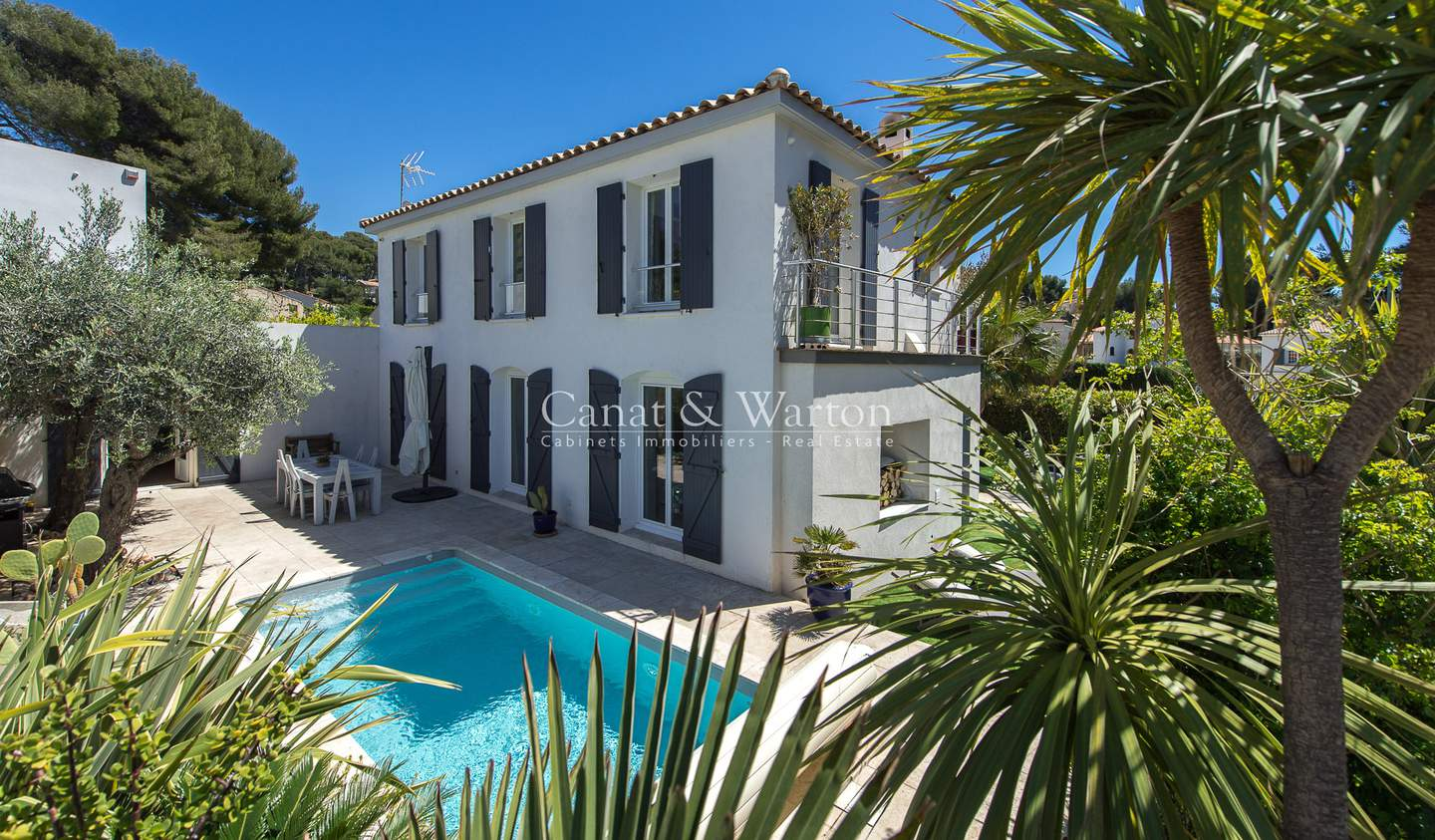 House with pool and terrace Sanary-sur-Mer