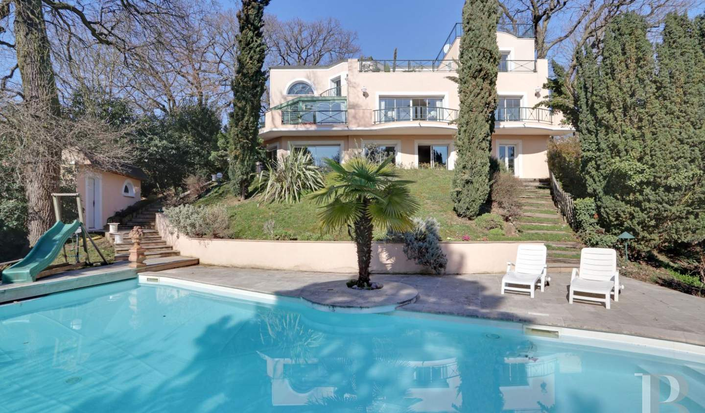 House with terrace Le Plessis-Robinson