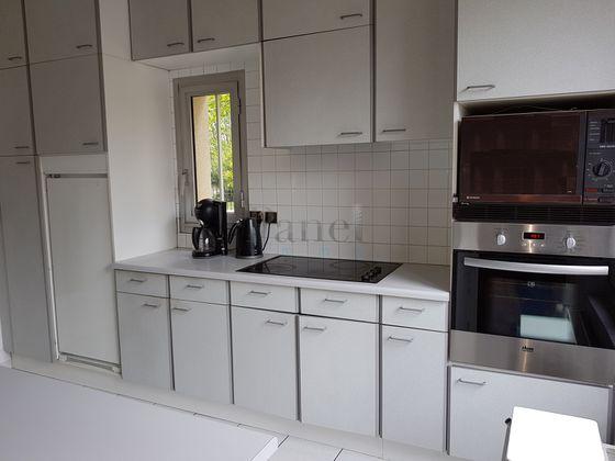 Location maison 4 pièces 151 m2