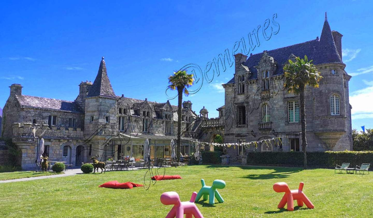 Property with pool Auray