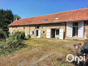 maison à Sauret-Besserve (63)