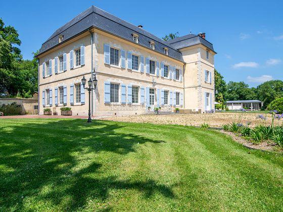 Vente propriété 12 pièces 600 m2