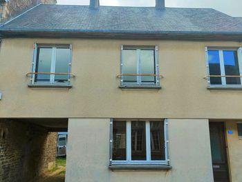 maison à La Haye-Pesnel (50)