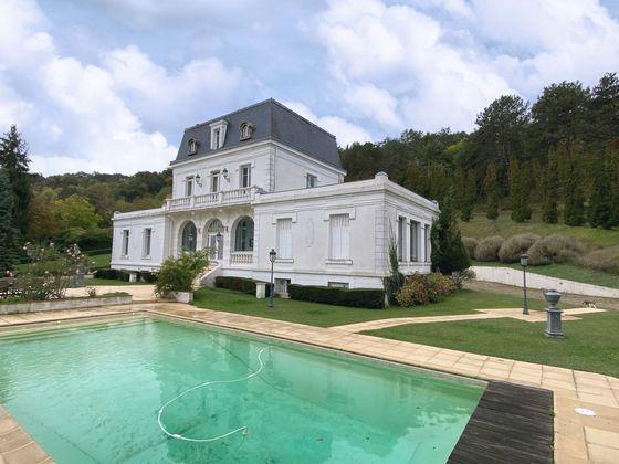 Vente château 12 pièces 400 m2
