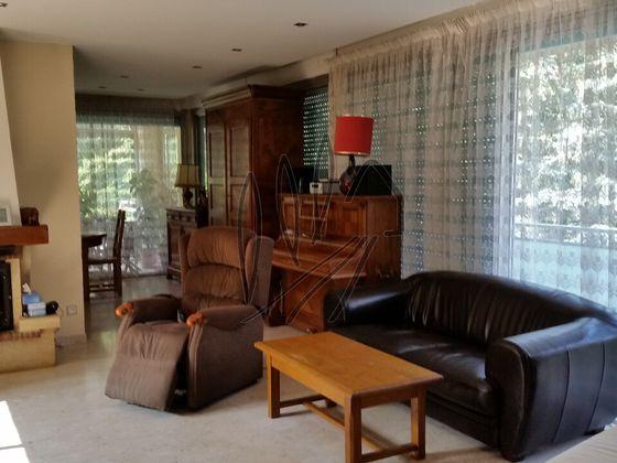 Vente villa 8 pièces 250 m2