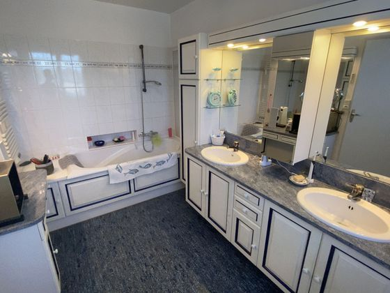 Vente maison 6 pièces 183,9 m2