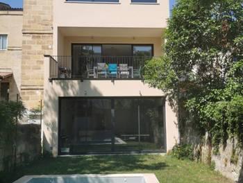 Maison 8 pièces 270 m2