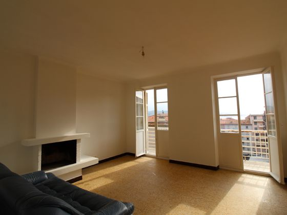 Location appartement 4 pièces 75,35 m2