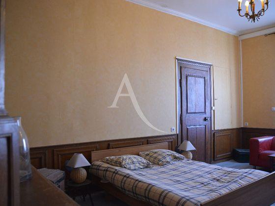 Vente maison 10 pièces 386 m2